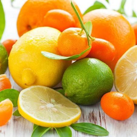 Confezione mista di Agrumi di Ribera:  Arance da tavola, Mandarini Tardivi o Clementine e Limoni.